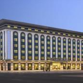迪拜德伊勒溫德姆華美達廣場酒店