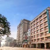 台北洛碁三貝茲飯店