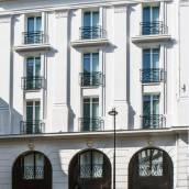 巴黎劍鍔酒店