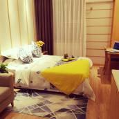 金月上品度假公寓(青島中鐵博覽城店)