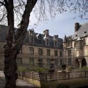普雷斯聖日爾曼巴黎聖母院酒店