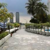 班沙頓河景及池景公寓