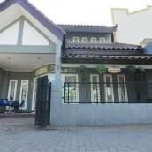 阿姆巴魯克莫爪哇旅館